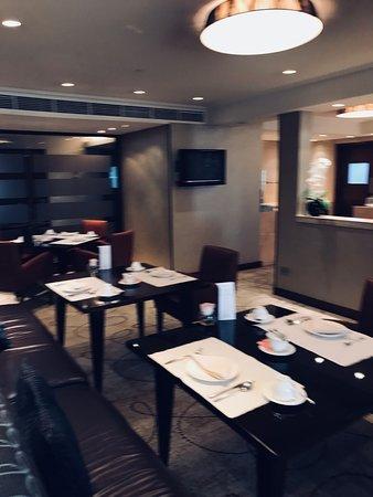 عودة ميمونة لاحلي  فنادق المنامة