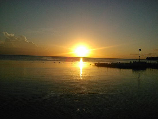 Hedonism II : beautiful sunset