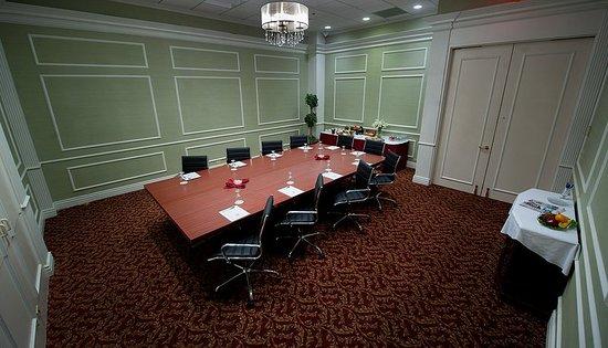 Tewksbury, MA: Meeting room