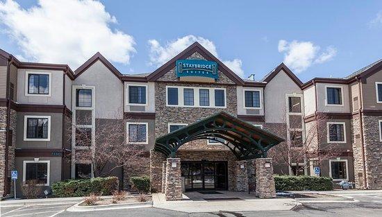 Staybridge Suites Colorado Springs: Exterior