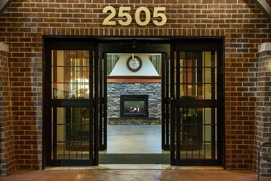 Staybridge Suites Sioux Falls: Exterior