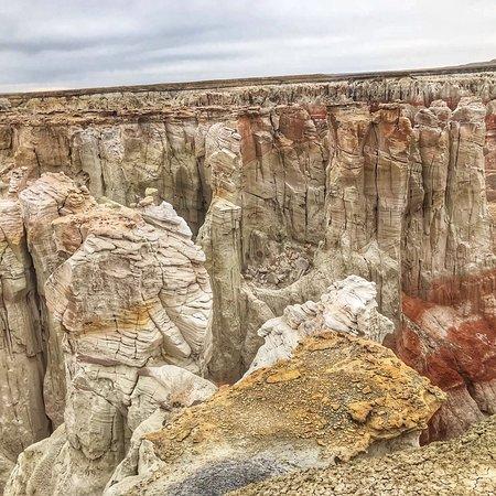 Coal Mine Canyon : photo1.jpg
