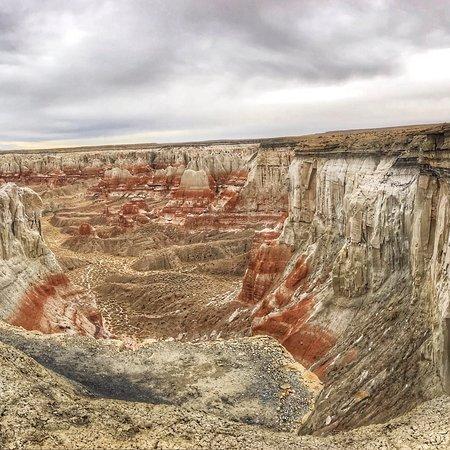 Coal Mine Canyon : photo2.jpg
