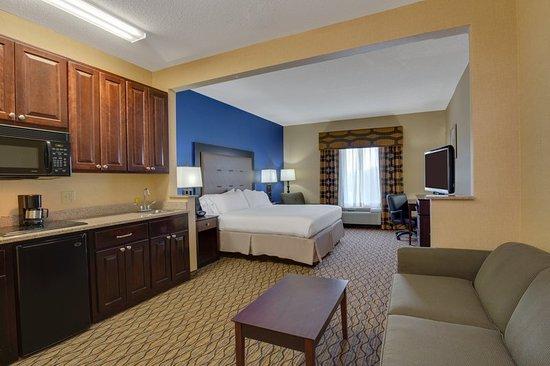 East Brunswick, NJ: Suite