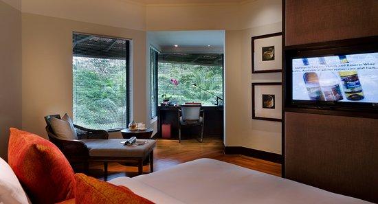 Regal Oriental Hotel - TripAdvisor