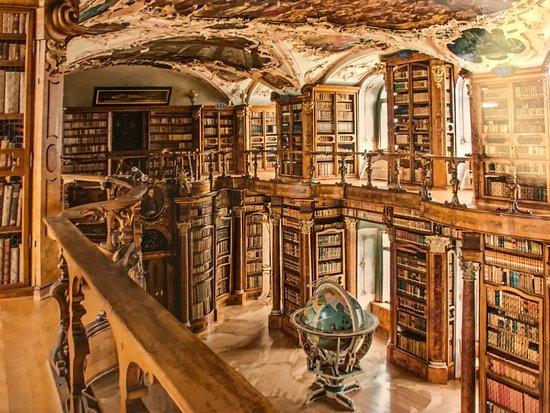 Bibliothèque de l'abbaye de St.Gallen