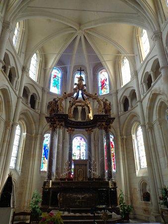 Rozoy-Sur-Serre, Frankrike: Le Choeur de l'Eglise