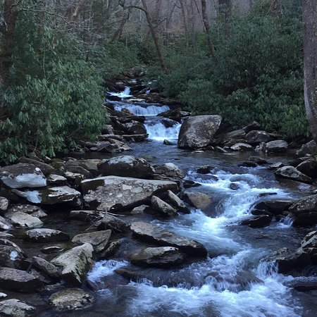 Chimney Tops Trail: photo0.jpg