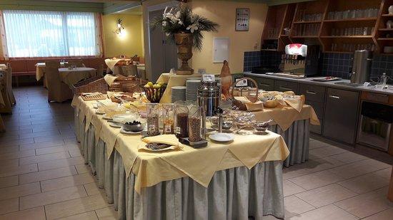 Dobriach, Austria: Breakfast