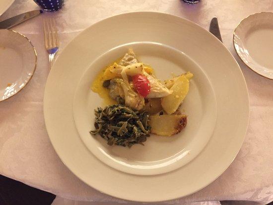 Piadena, Italië: Rombo con verdure e agrumi