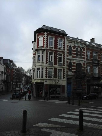 Zuid (the South) : Nice architecture