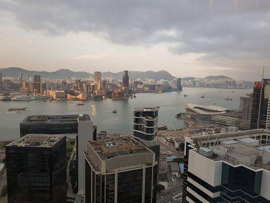 Island Shangri-La Hong Kong : From the 49th floor