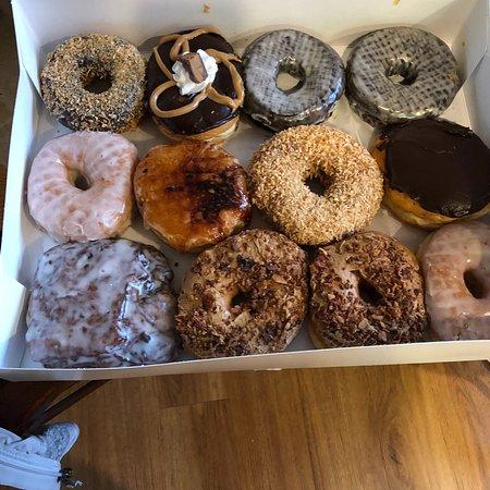 Kane's Donuts: Yummy dozen