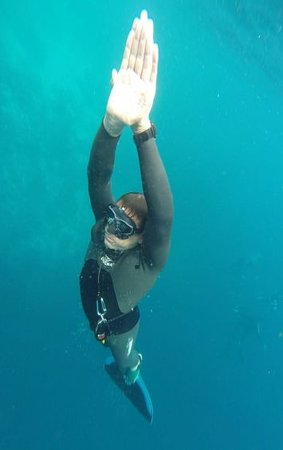 Ashmore, Australia: Clinton Laurence, Freediving Instructor, practicing wtih a monofin off the Gold Coast