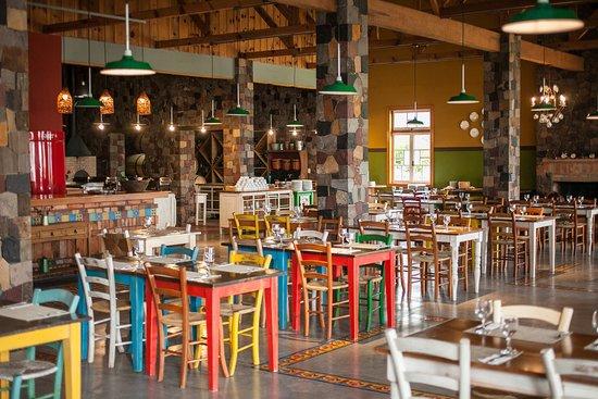 Visão geral do Mascaron Restaurante