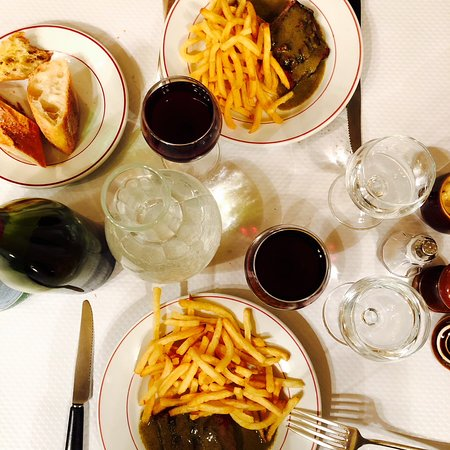 Main courses with wine