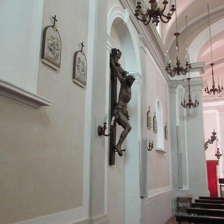 Chiesa di San Tommaso: crocifisso ligneo