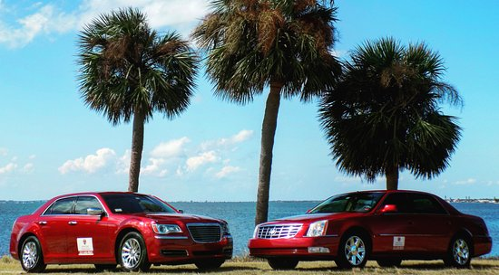 Indialantic, FL: Travel in one of our signature Executive Style Sedans