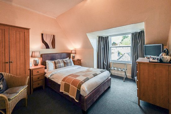 McKays Hotel, Bar & Restaurant : Comfortable & Cosy, this double room offers everything you need for your stay
