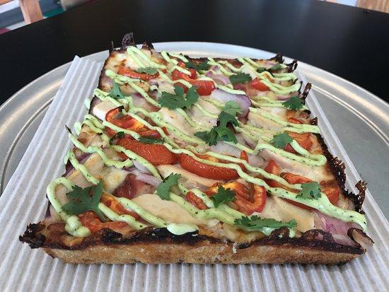 Saint Clair Shores, MI: D-Licious Chicken Avocado Ranch Pizza