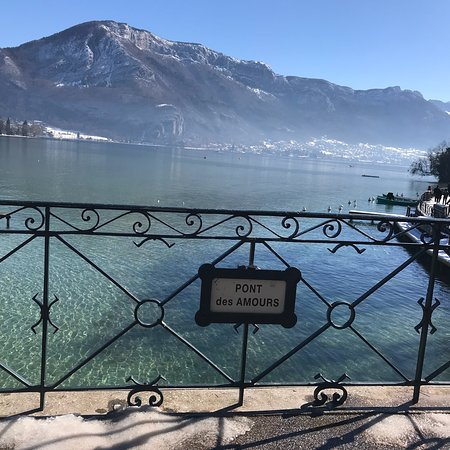 pont des amours annecy 2018 all you need to know before you go with photos tripadvisor. Black Bedroom Furniture Sets. Home Design Ideas