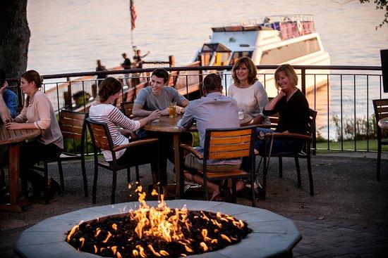 Boat House Pub: BoatHouse Pub Patio Firepit & Escapade Yacht