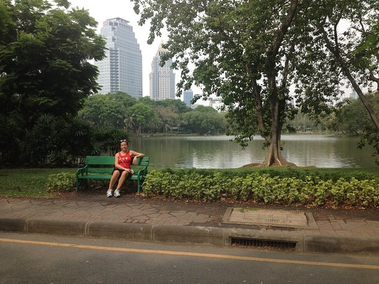 AETAS lumpini: Parco vicino all'hotel