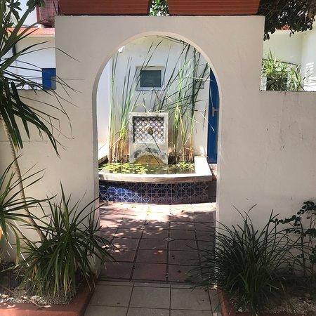 Tres Palmas Inn: photo6.jpg