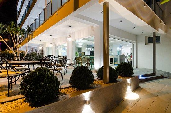 Apart hotel sofia desde benidorm espa a for Appart hotel 63