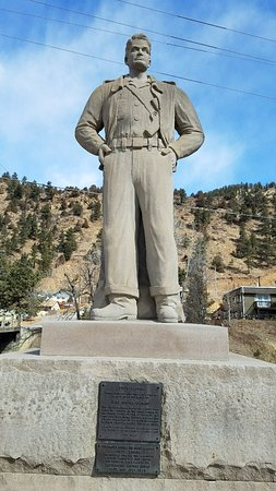 Idaho Springs, CO: Steve Canyon Statue