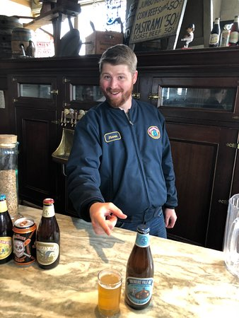 Anchor Brewing Company : Steven at the bar during the tasting.