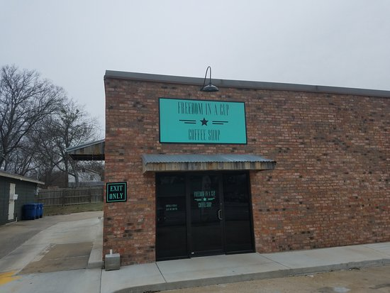 Atoka, Oklahoma: Mom and Pop Coffee Shop- but perfect coffee