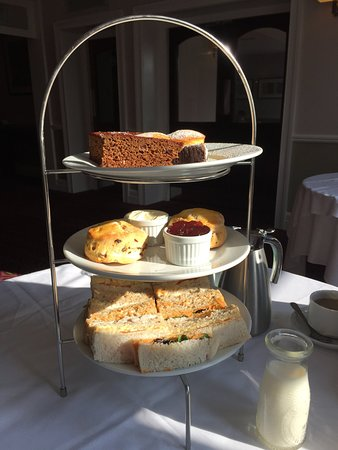 Hallmark Hotel Stourport Manor: Afternoon Tea