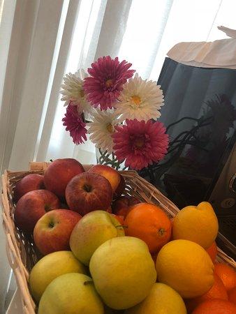 La frutta soprattutto d'estate non può mancare in un'alimentazione equilibrata