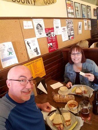 Baumgartner's: Great deli food!