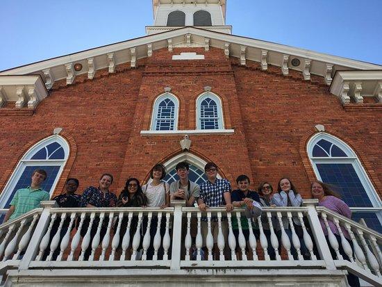 Dexter Avenue King Memorial Baptist Church: Outside the church
