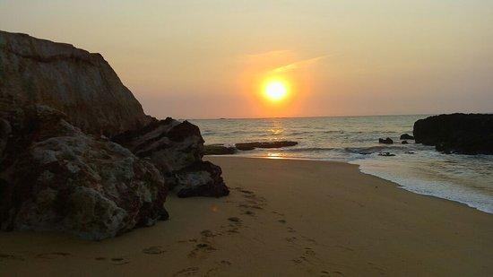 Anchieta, ES: Nascer do Sol em Mae-bá