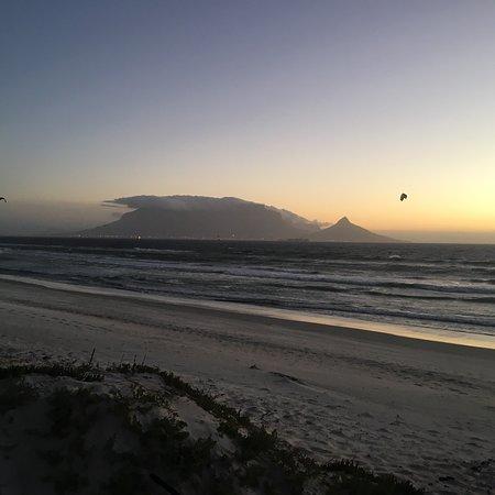 Bloubergstrand Beach: photo3.jpg