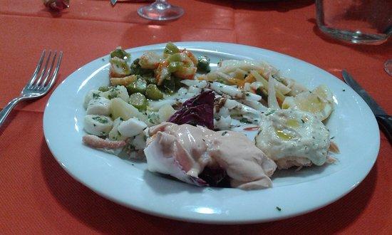 Bagnara di Romagna, Italia: Antipasto freddo di pesce