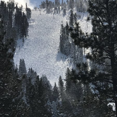 Tahoe Seasons Resort: View from room 710. You can see the people coming down the mountain.