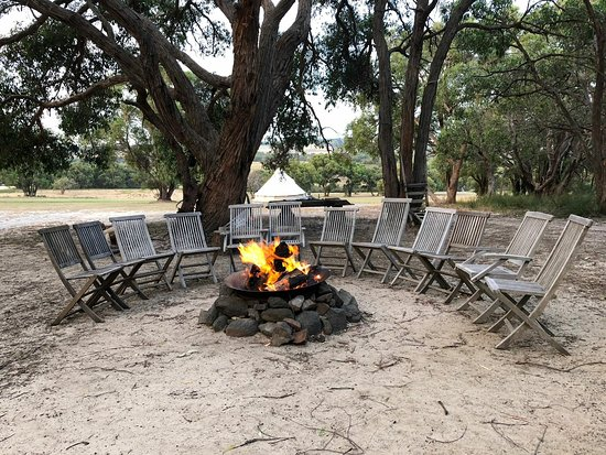 koala french island glamping french island. Black Bedroom Furniture Sets. Home Design Ideas