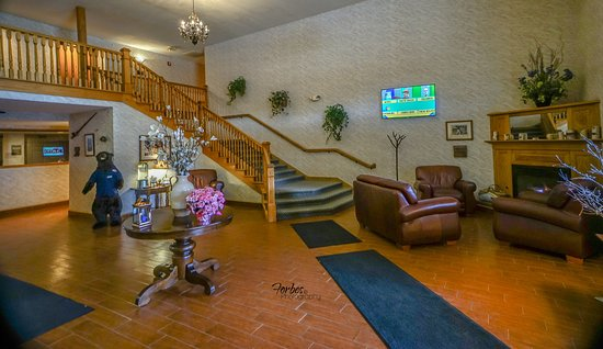 Kalkaska, MI: All Seasons Hotel and Resort welcomes you