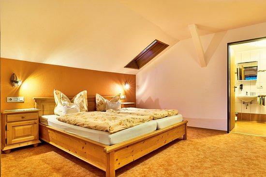Ferienwohnung Silberberg 2 Schlafzimmer Dachgeschoß ohne ...