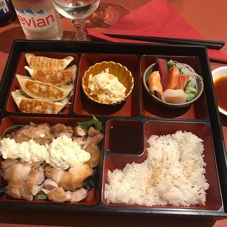 restaurant jomon dans lille avec cuisine japonaise. Black Bedroom Furniture Sets. Home Design Ideas