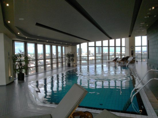 Corinthia Hotel Prague: Rooftop swimming pool
