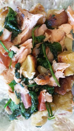 Prescott Station: My Salmon in-time meal leftovers mixed together