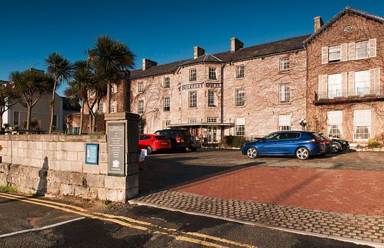 The Bulkeley Hotel: This is the back of the hotel (honest) with the spacious car park