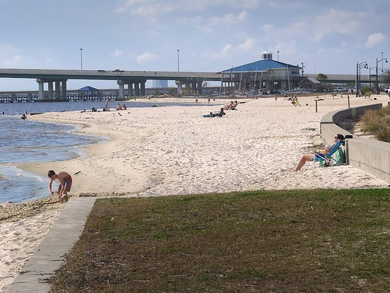 Front Beach Ocean Springs Picture Of