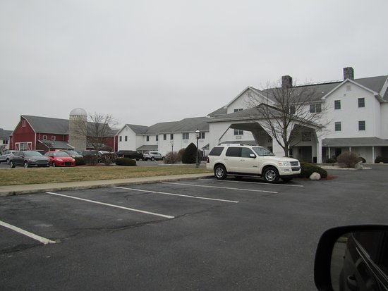 Farmstead Inn: Conference center in back