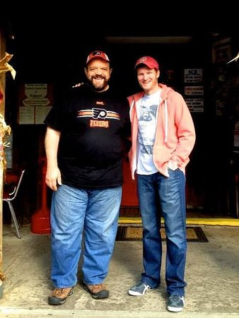 Dale Earnhardt Jr. makes a visit to Big Mike's in Forksville for lunch!